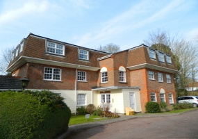 Greenacres North Parade, Horsham, 1 Bedroom Bedrooms, ,1 BathroomBathrooms,Flat,For Rent,Greenacres,1,1012
