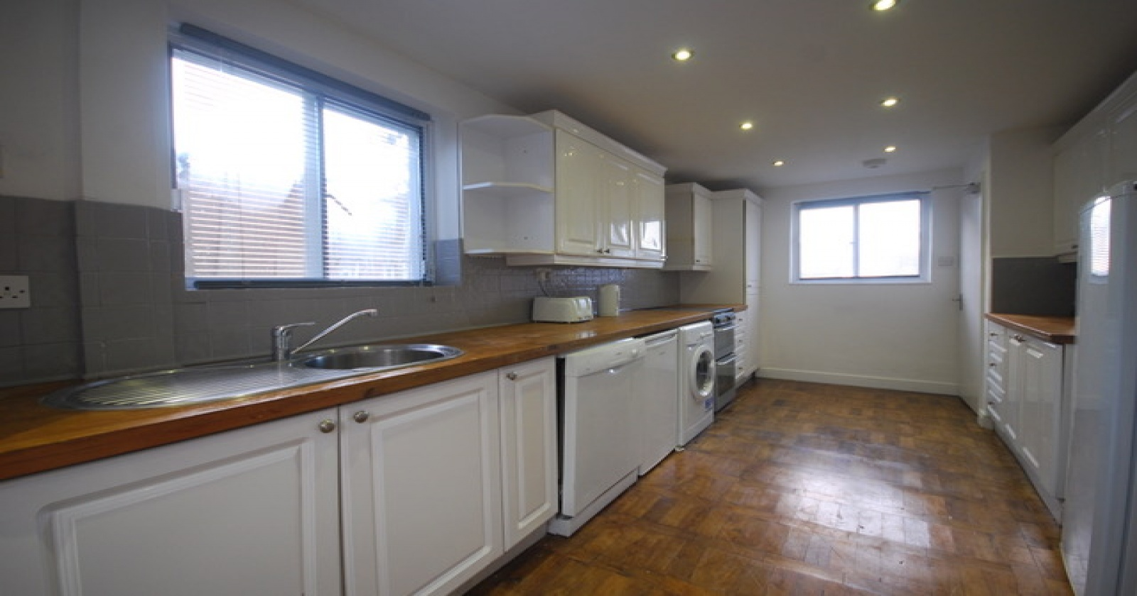 Stephens Road, Brighton, BN1 7ER, 5 Rooms Rooms,1 BathroomBathrooms,Room,For Rent,Stephens Road,1018